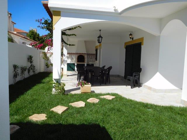 155 : 3 + 1 bedroom villa with private pool - Altura